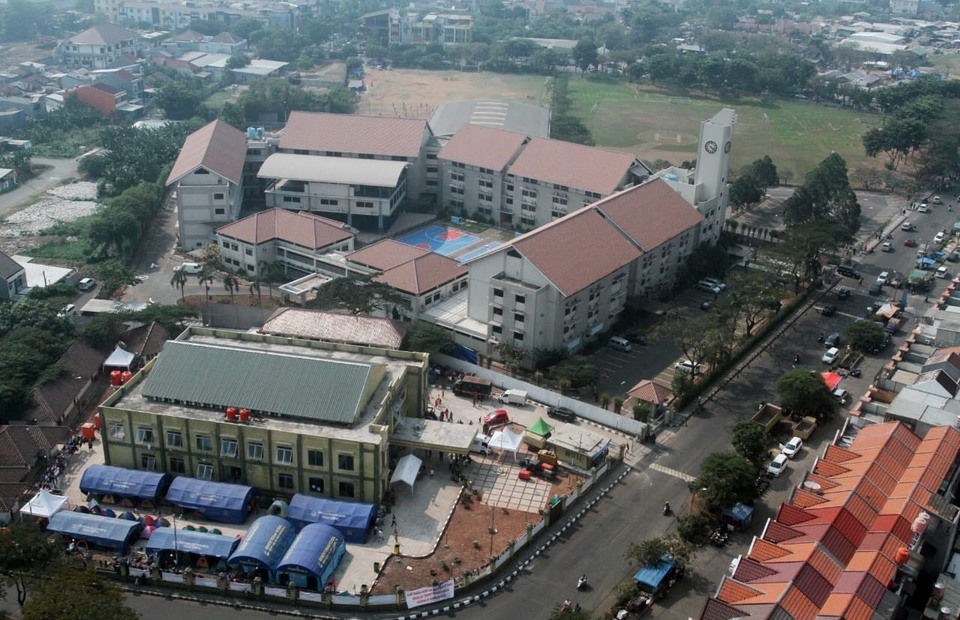 An aerial view of the facility near Dian Harapan School. (B1 Photo/Heri Gagarin)