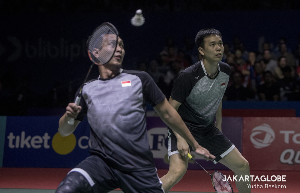 Hendra Setiawan and Mohammad Ahsan cant handle the Minions speed and killer smash during mens doubles final of 2019 Indonesia Open. (JG Photo/Yudha Baskoro)