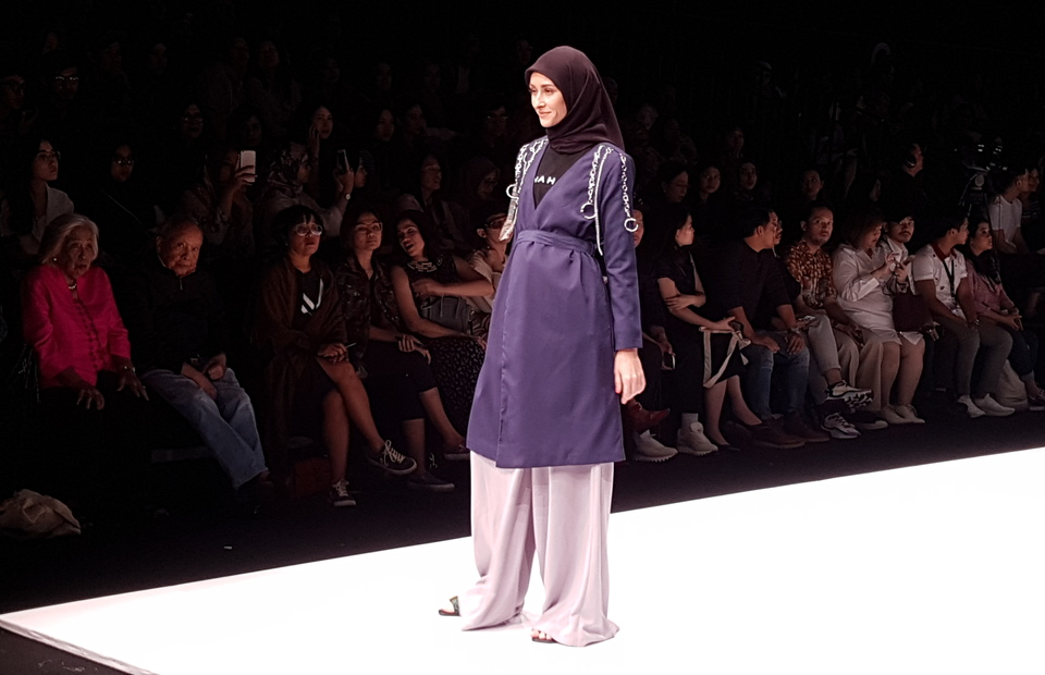 A muslim outfit designed by Jenahara Nasution under her brand 'Jenahara' . (JG Photo/Nur Yasmin)