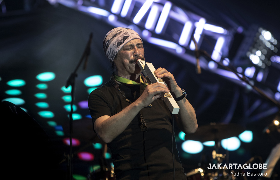 Takeshi Itoh of T-Square from Japan in action. (JG Photo/Yudha Baskoro)