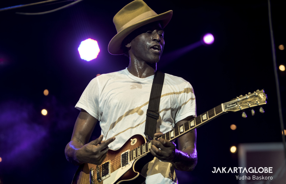 Nigerian singer, Keziah Jones in action during Java Jazz 2020. (JG Photo/Yudha Baskoro)