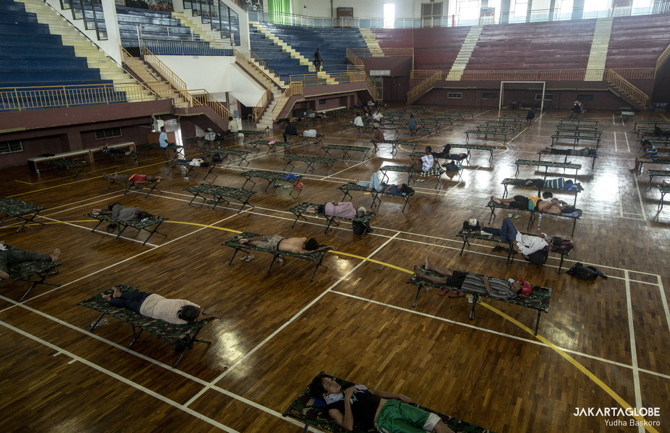 Inside the Ciracas sport hall, is able to house 100 bed for homeless. (JG Photo/Yudha Baskoro)