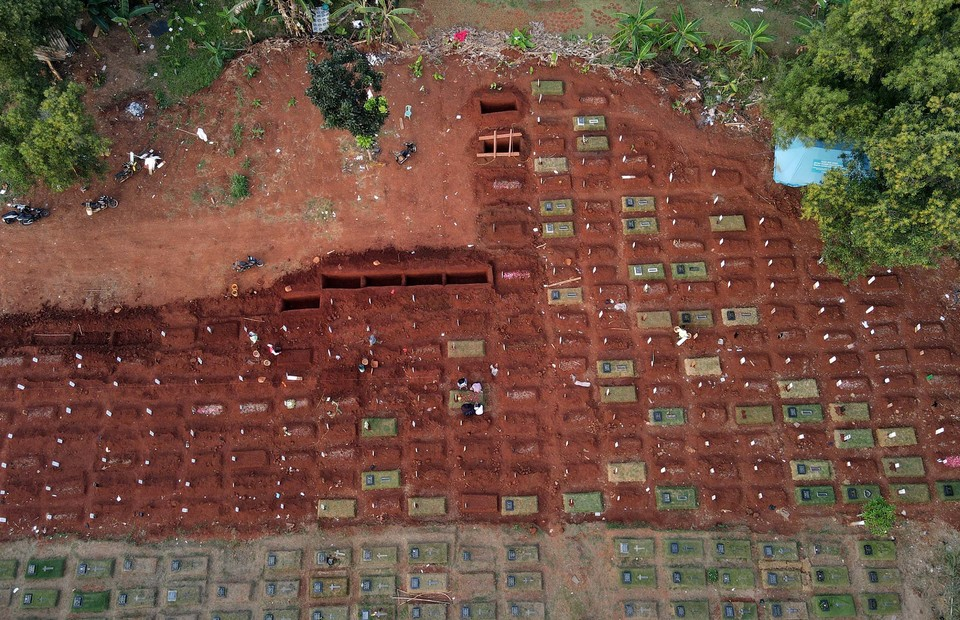 An aerial view of Pondok Rangon Covid-19 cemetery in East Jakarta on July 19, 2020. (B1 Photo/Joanito de Saojoao)
