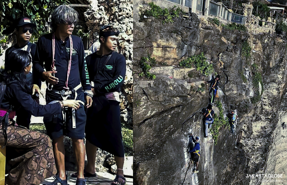 Young I Wayan Tana play via ferrata in Malini Agro Park, Uluwatu, Bali on Monday (19/10). (Restored Digital Photo/Yudha Baskoro)