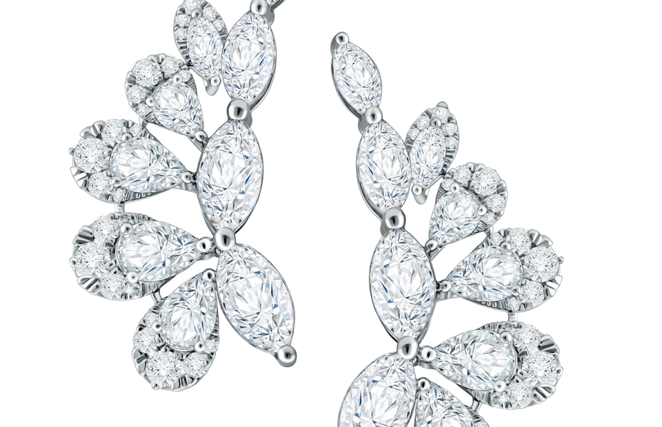 Alba earrings from the La Luce collection. (Photo Courtesy of Mondial)