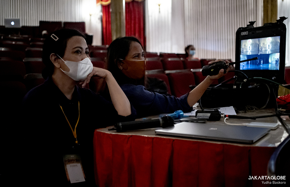 Namarina Youth Dance choreographers Dinar Karina and Sussi Anddri are seen during virtual showcase at Gedung Kesenian Jakarta in Central Jakarta on Feb 21, 2021. (JG Photo/Yudha Baskoro)