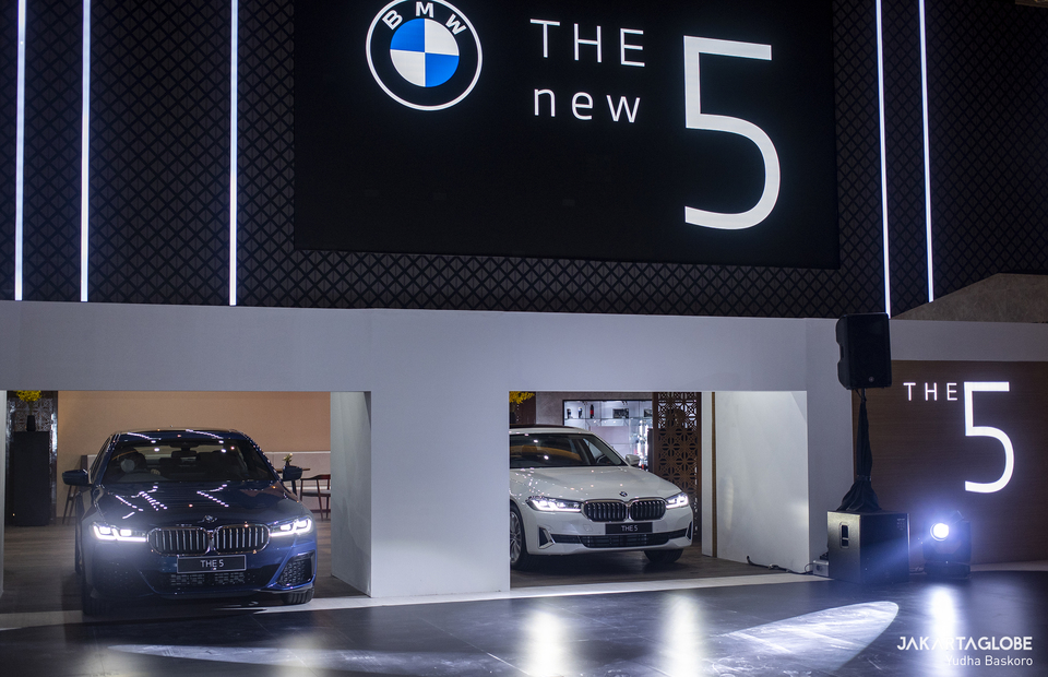 The launching ceremony of BMW 5-series, the BMW 520i M Sport and BMW 530i Opulence during Indonesia International Motor Show (IIMS) Hybrid 2021 at JIexpo Kemayoran in Central Jakarta on April 15, 2021. (JG Photo/Yudha Baskoro)