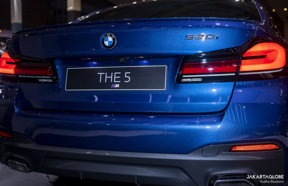 Exterior of the BMW 520i M Sport is seen during Indonesia International Motor Show (IIMS) Hybrid 2021 at JIexpo Kemayoran in Central Jakarta on April 15, 2021. (JG Photo/Yudha Baskoro)
