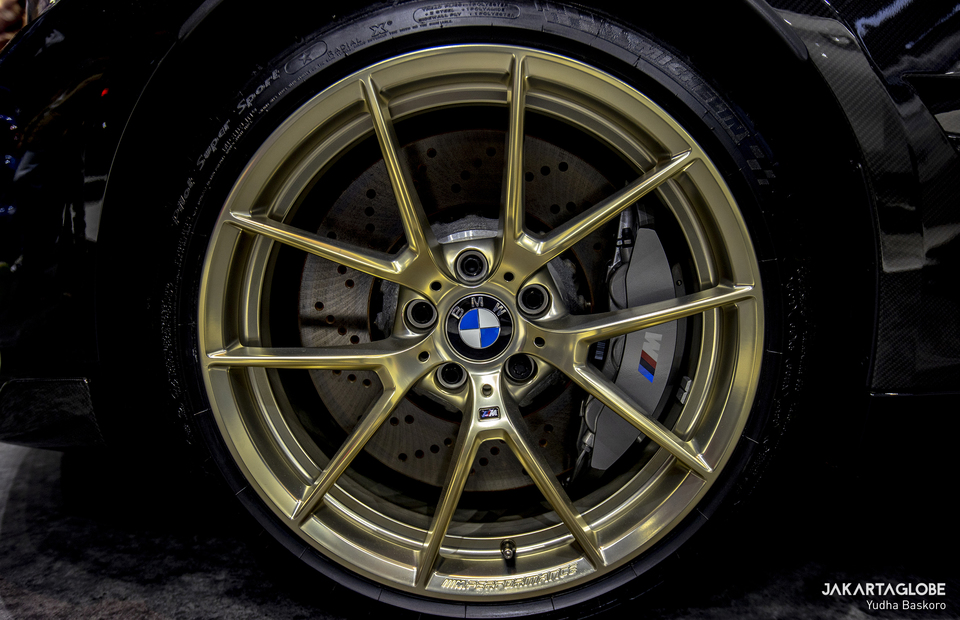 BMW M2 Competition golden rims from BMW M Performance Parts is seen during Indonesia International Motor Show (IIMS) Hybrid 2021 at JIexpo Kemayoran in Central Jakarta on April 20, 2021. (JG Photo/Yudha Baskoro)